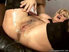 Grandma getting fucked by sybian
