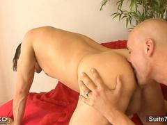 Horny married guy gets nailed by a bald gay