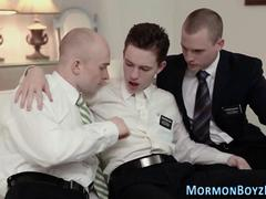 Gay mormons fuck in 3way
