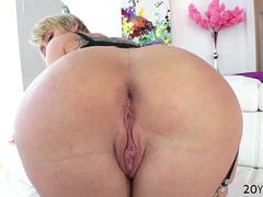 Seductive Dee Williams gets tight asshole pounded hard
