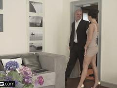 Glamkore Daphne Klyde gets DPed and swallows cum