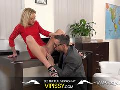 Piss Fuck - Blonde Vinna Reed gets wet and messy in sex session