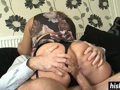 Pretty hottie jumps on a long cock