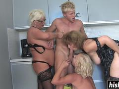 Handsome guy pleases three mature babes