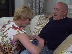 Mature lady Rina fucking and sucking