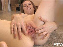 Magical bimbo elyse is gently use sex toy in her cave