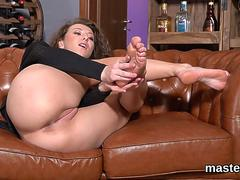 Frisky czech kitten spreads her yummy snatch to the bizarre