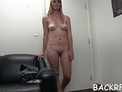 Pungent bombshell gets hole plowed