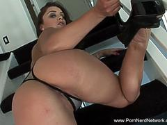 Anal Sex Is Better With This MILF