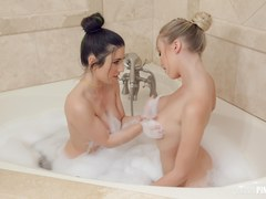 All Natural Lesbian Babes Enjoy Doing Their Sweet Pussies After Showering